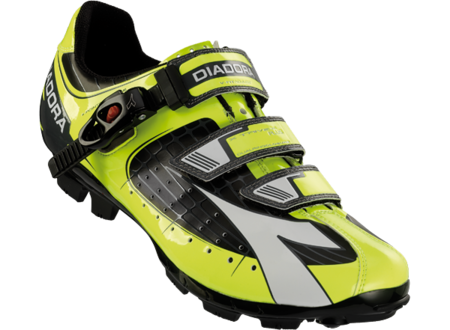 diadora trivex_plus_c3444_black_yellow_fluo